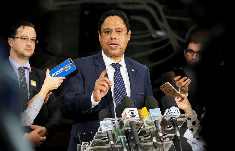 Orlando Silva: diálogo amplo que garante direitos