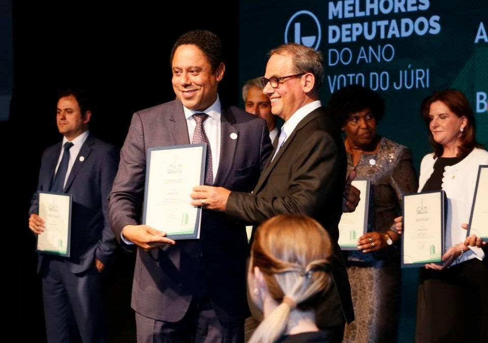 Deputado Orlando Silva recebe Prêmio Congresso em Foco