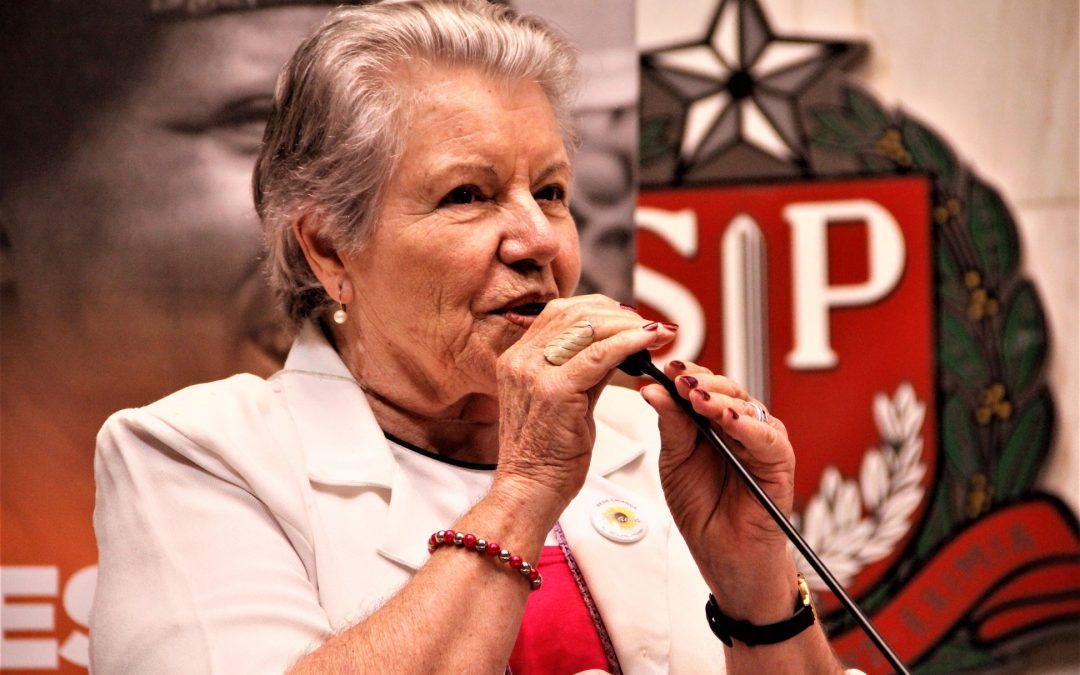 Anna Martins, 80 anos